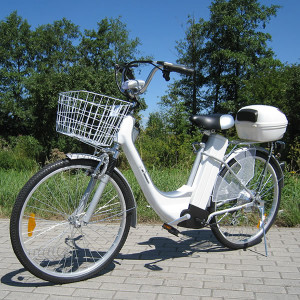 E-Bike_weiss_total