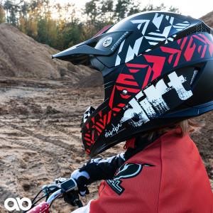 Actionbikes_Miweba_Hornet_Helm_02